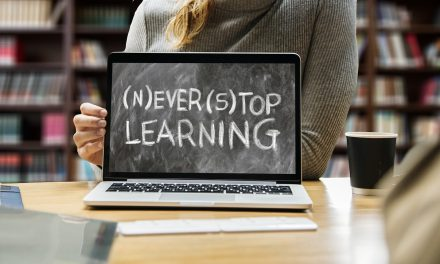 A Quick Guide To MOOCs: Massive Open Online Courses