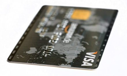 The Pros And Cons Of Rewards Cards